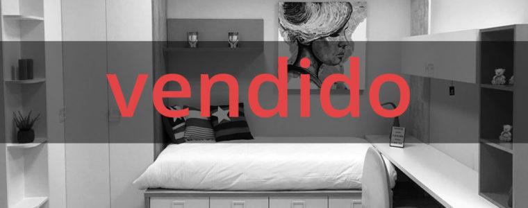 [VENDIDO] Dormitorio juvenil blanco, madera rústica y rojo.