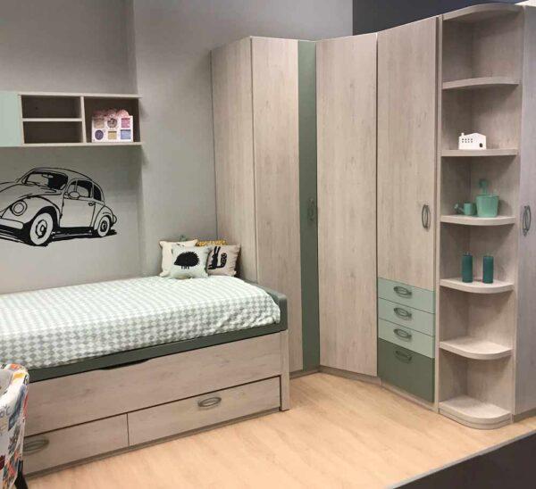 Dormitorio juvenil acabado en madera en Vitoria-Gasteiz