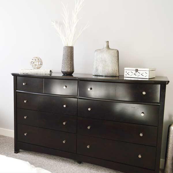 Consejos para el cuidado y limpieza de los muebles. Dormitorio de matrimonio