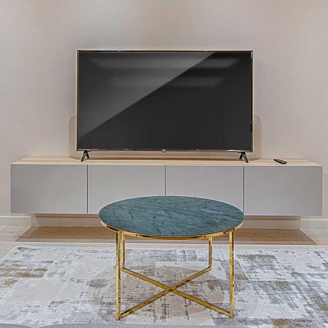 Muebles de televisión - Muebles de salón - Photo by Vecislavas Popa