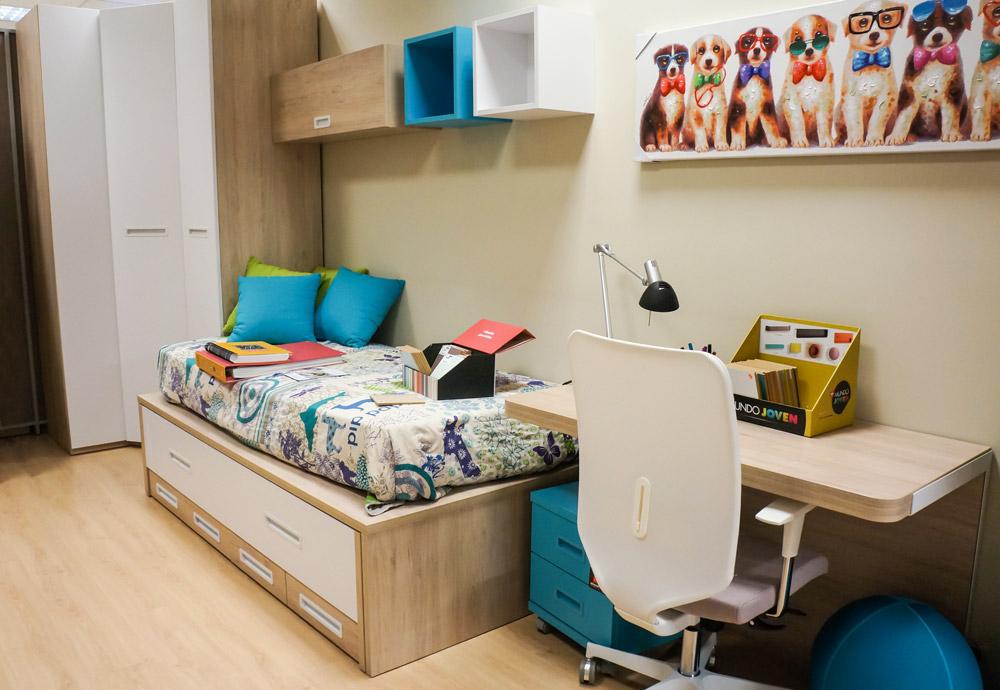 Como elegir escritorio para dormitorio juvenil. Escritorio en madera azul y blanco - Alcon Mobiliario