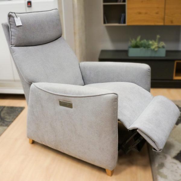 Sillón abatible gris con control electrónico en Alcon Mobiliario